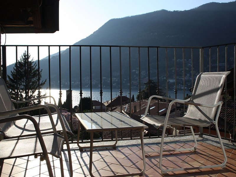 Torno al Borgo ma non solo, vacation rental in Torno