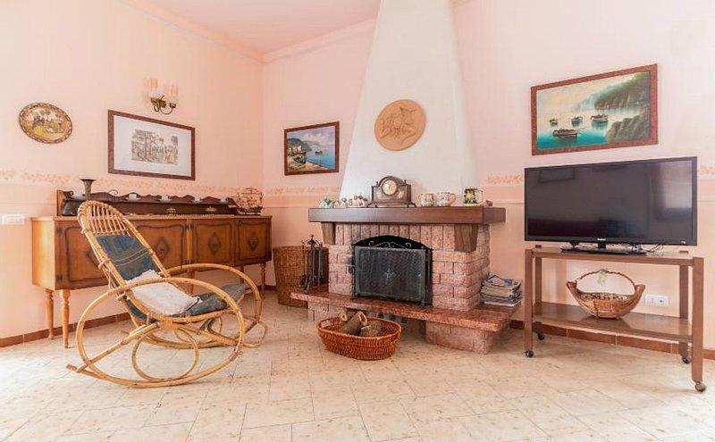 Villa Milena Fontane Bianche 9-13 posti letto+2 culle,WIFI fibra free illimitato, holiday rental in Fontane Bianche