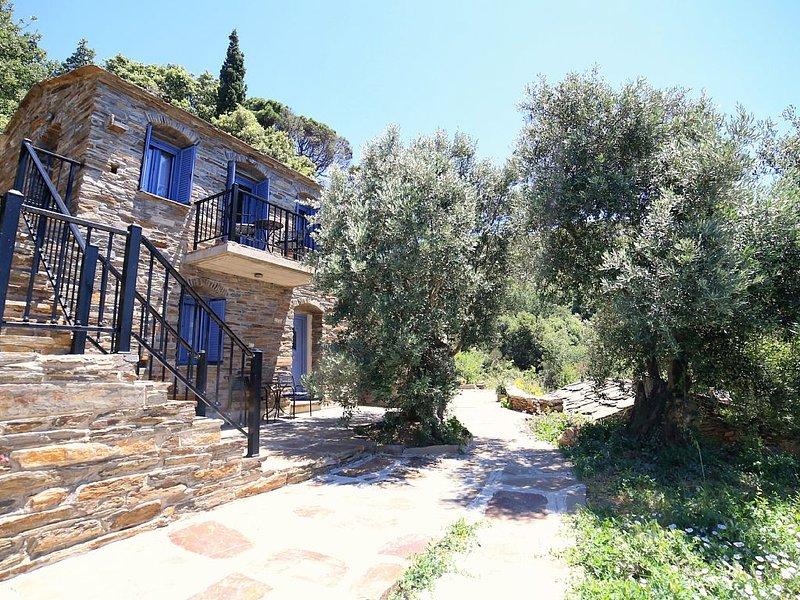Moraitika Property in Ikaria, holiday rental in Evdilos