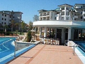 Apartment within Emerald 5 Star Spa Resort, holiday rental in Ravda