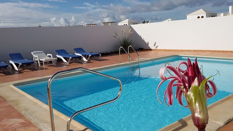 Luminous Villa with private large pool for 6 guests or more..., holiday rental in Las Brenas