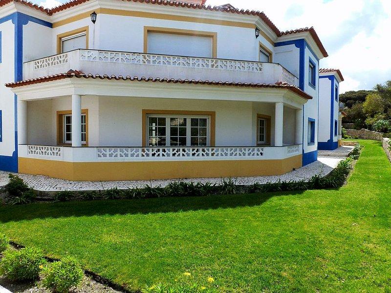 Luxury 3 bedroom ground floor apartment in Praia D'el Rey Golf & Beach Resort on the Silver Coast.