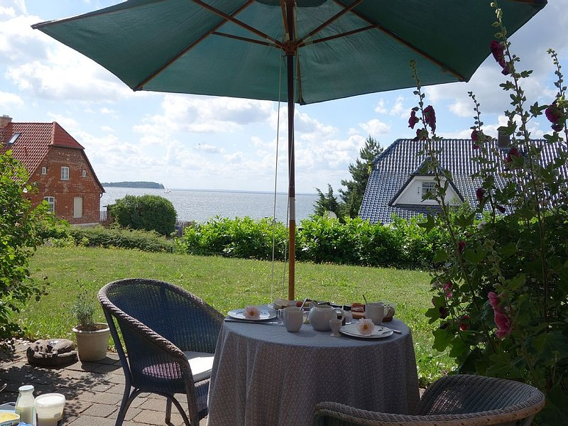 Ferienwohnung mit Blick auf die Insel Vilm, casa vacanza a Lauterbach