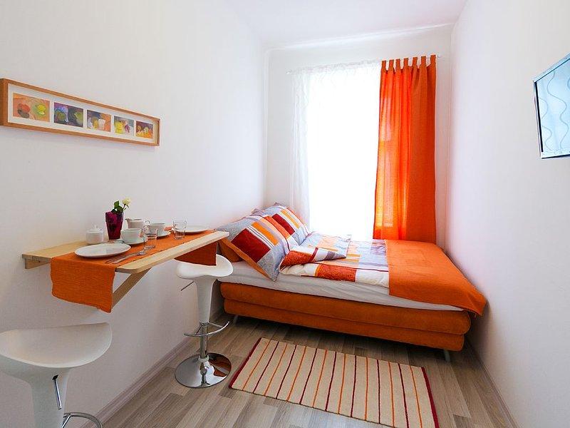 Apartment near Central Station, casa vacanza a Munchendorf