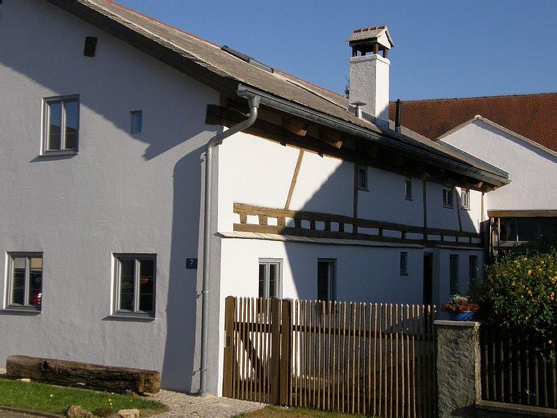 Wohnen im Denkmalhaus wie zu Omas Zeiten ohne auf Komfort verzichten zu müssen ., holiday rental in Treuchtlingen