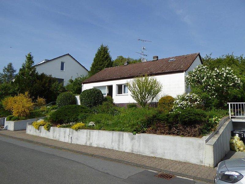 Häuschen im Grünen nahe Darmstadt, vacation rental in Gernsheim