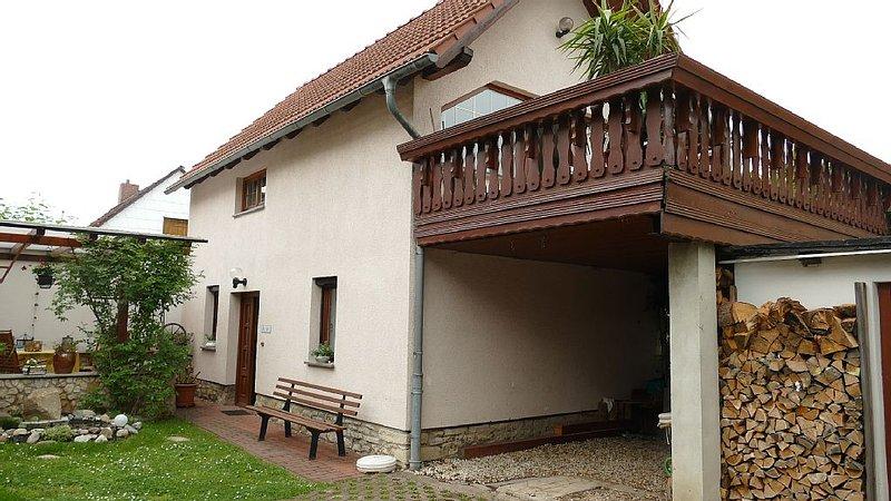Ruhig gelegenes Ferienhaus für 2 bis 4 Personen im Vorort von Weimar, aluguéis de temporada em Turíngia