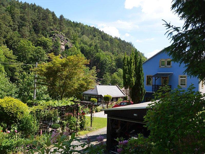 Ferienwohnung 100 m² mit 2 getrennte DU/WC , 2 Schlafzimmer  bis 4 Personen, holiday rental in Bad Schandau