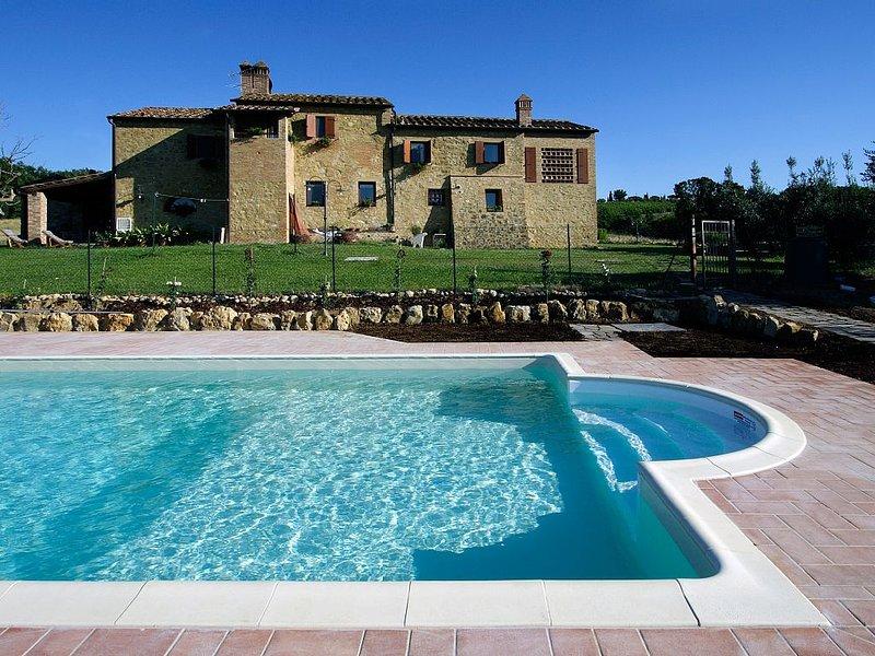 Villa in Gambassi Terme,Klimaanlage, Pool,Dorfnah, kinderfreundlich,bis 6 pers., holiday rental in Gambassi Terme