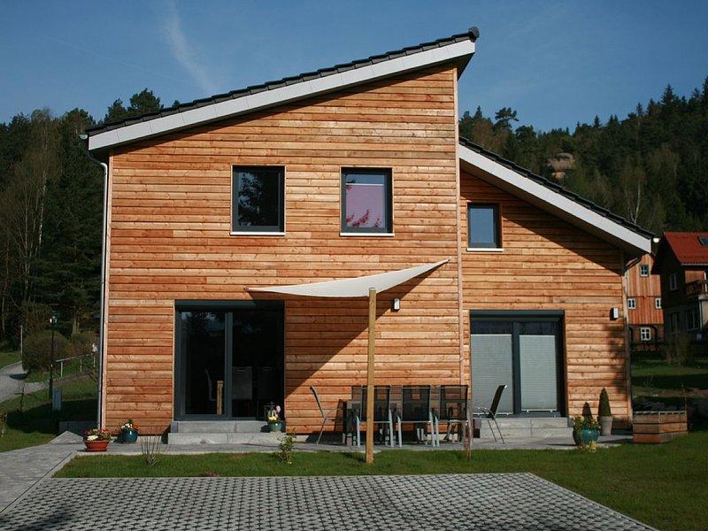 Ferienhaus 'Selma' - Ihr Aktiv - Wohlfühlparadies im Zittauer Gebirge, holiday rental in Polevsko