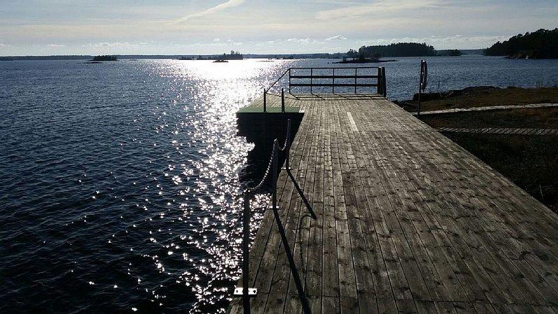 Traumhafte Lage nur 400 m von der Ostsee entfernt, vacation rental in Oskarshamn