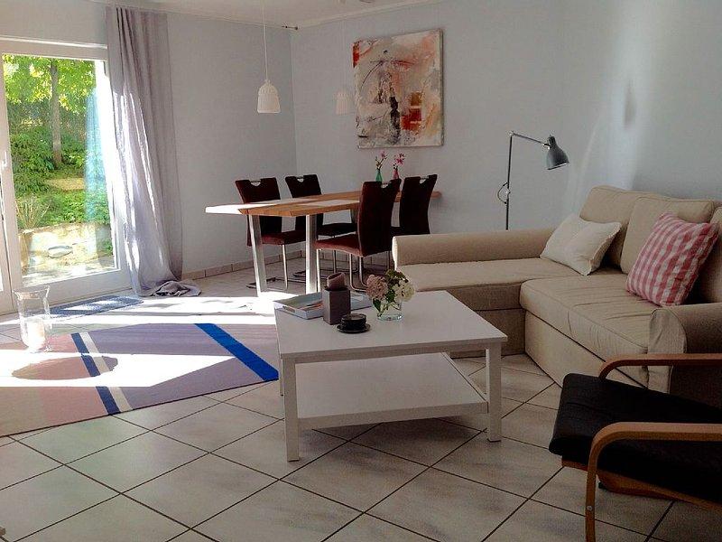 Gemütliches, toll eingerichtetes Zuhause, holiday rental in Bad Lippspringe