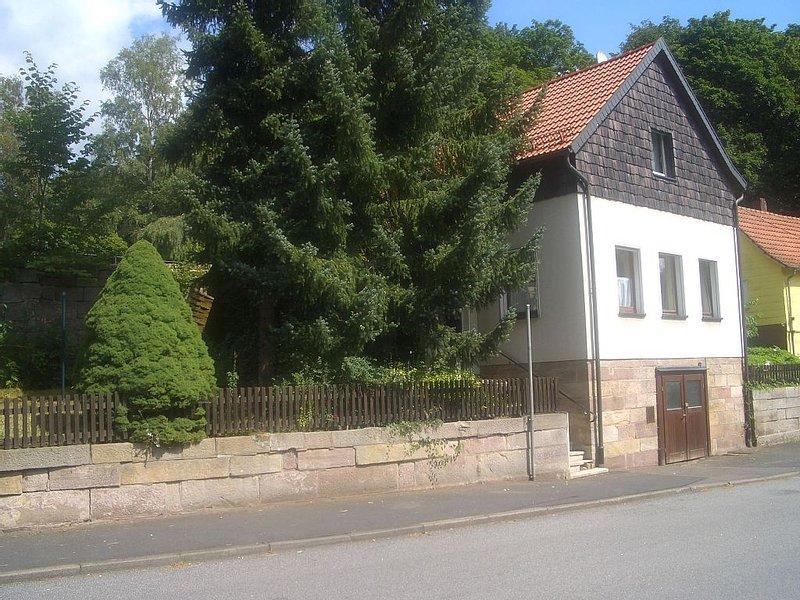 Gemütliches Haus zentral mit Garten, holiday rental in Bad Bocklet