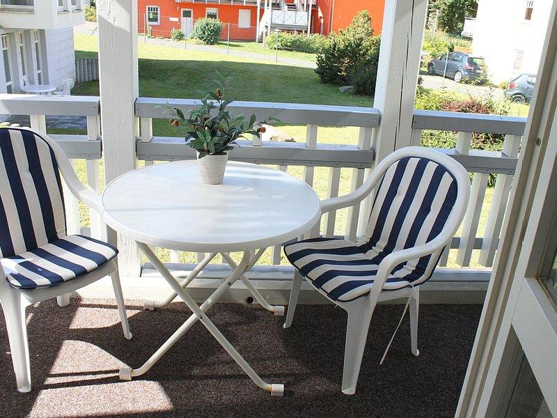 Gepflegte 2-Zimmerferienwohnung in Strandnähe mit Balkon, Fahrrädern und Wama, location de vacances à Koserow