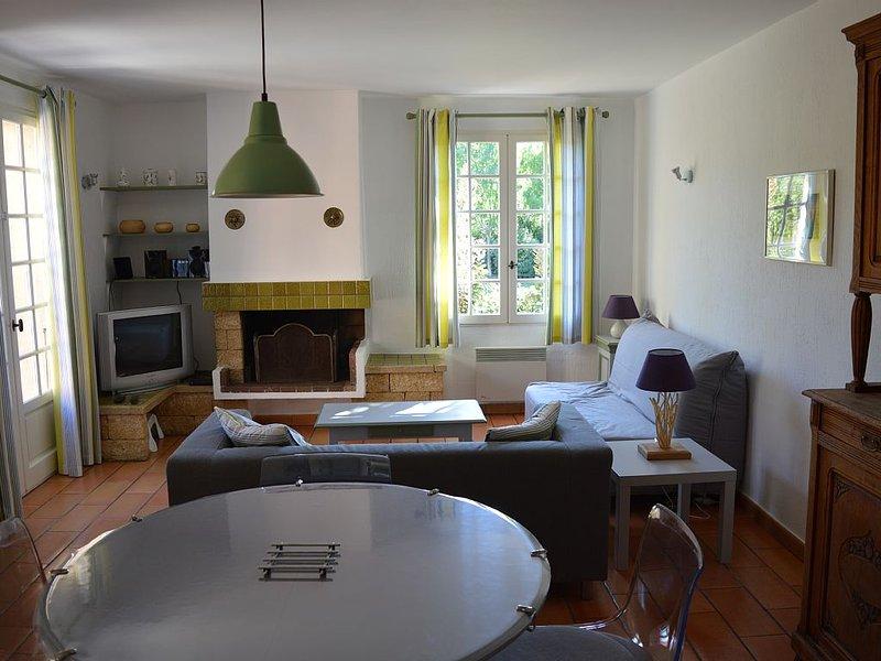 Maisonnette provençale, holiday rental in Marignane