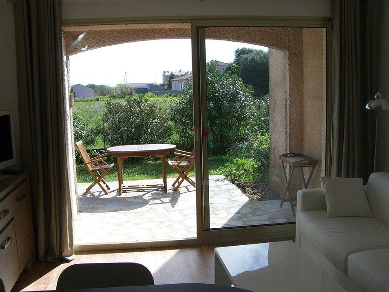 Très agréable appartement dans une petite résidence calme, holiday rental in Macinaggio
