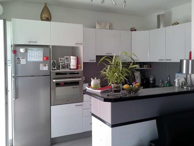 appartement tout équipé au premier etage, holiday rental in Capbreton