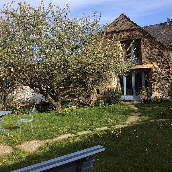 Maisonnette Sur Les Contreforts De L'aubrac. Nature et tranquilite, holiday rental in La Canourgue