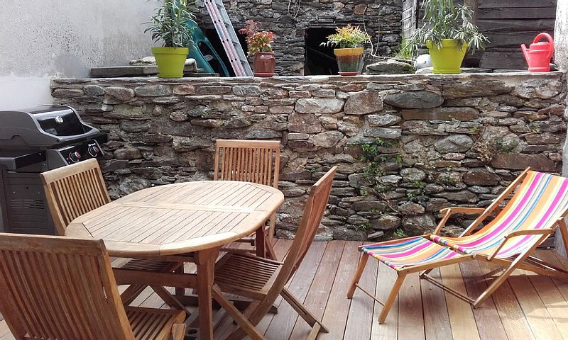 House in the heart of the Cévennes - Village center, holiday rental in Lozere