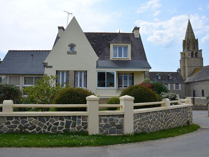 Maison indépendante 2 à 5 personnes, holiday rental in Lesneven