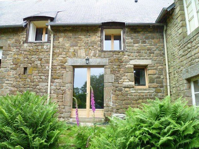 Gîte rural, Mt St Michel à 30', plage du débarquement à 100km, holiday rental in Avranches