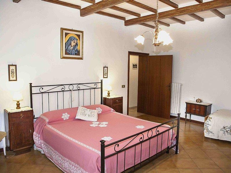 Appartamento immerso nel verde delle colline pisane, alquiler vacacional en Chianni