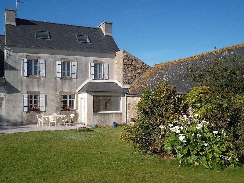 Maison au coeur des fjords bretons,rénovée en 2016, proche mer,wifi, vacation rental in Plouguin