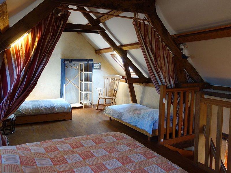 Gîte karrdi, calme et écologique, proche de Lorient, vacation rental in Hennebont