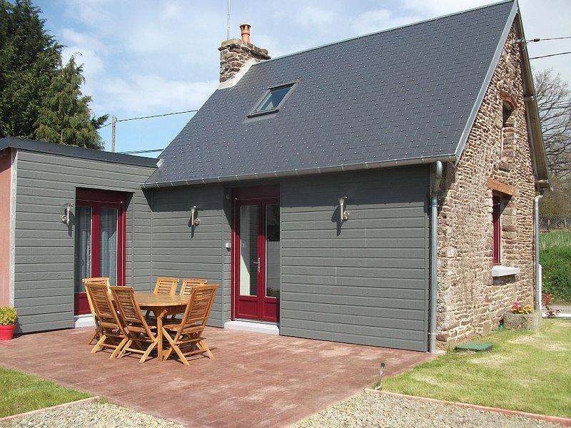Gite La Petite Maison ***, vacation rental in La Lucerne-d'Outremer