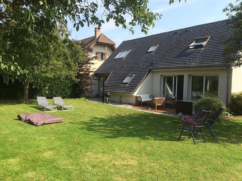 Charmante maison de campagne proche de Saint-Valery-Sur-Somme, 6 personnes, holiday rental in Estreboeuf