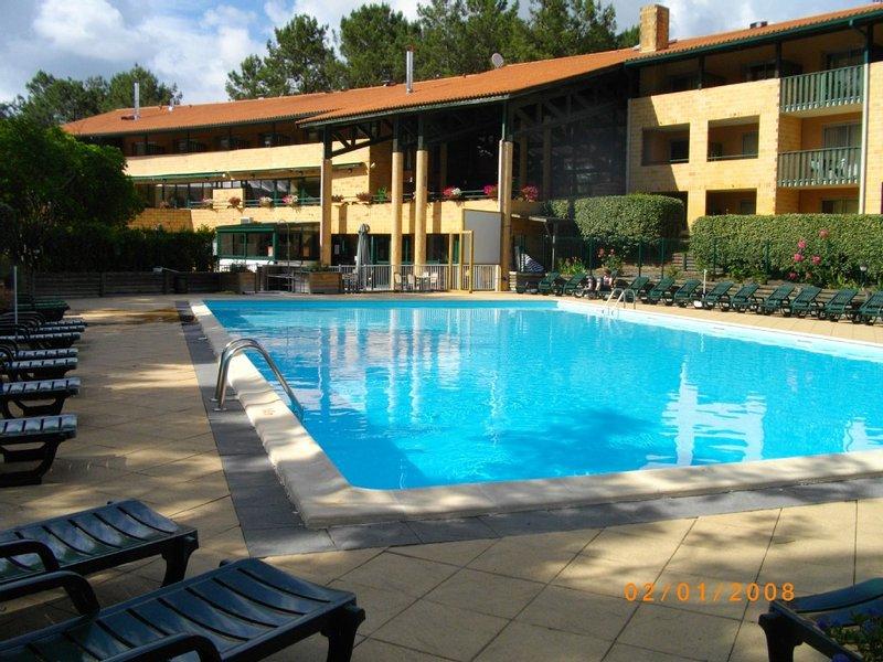 Appartement 6 personnes avec piscine à Lacanau océan, vacation rental in Lacanau