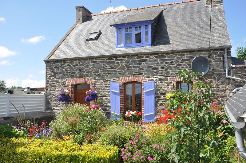 maison indépendante en pierre à TREGUIER, vakantiewoning in Camlez