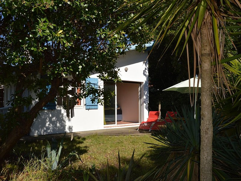 House equipped 4 pers. with private garden, location de vacances à Labenne