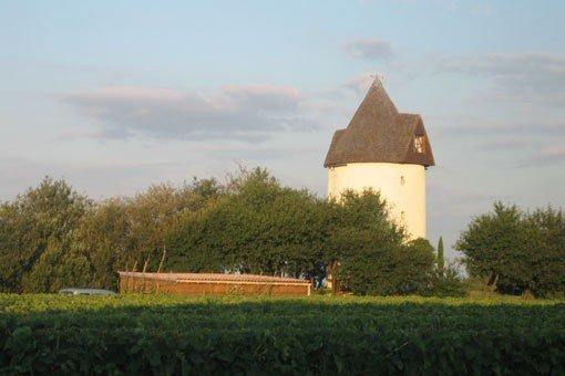 Moulin à vent aménagé avec vue sur l'estuaire de la gironde, holiday rental in Saint Romain sur Gironde