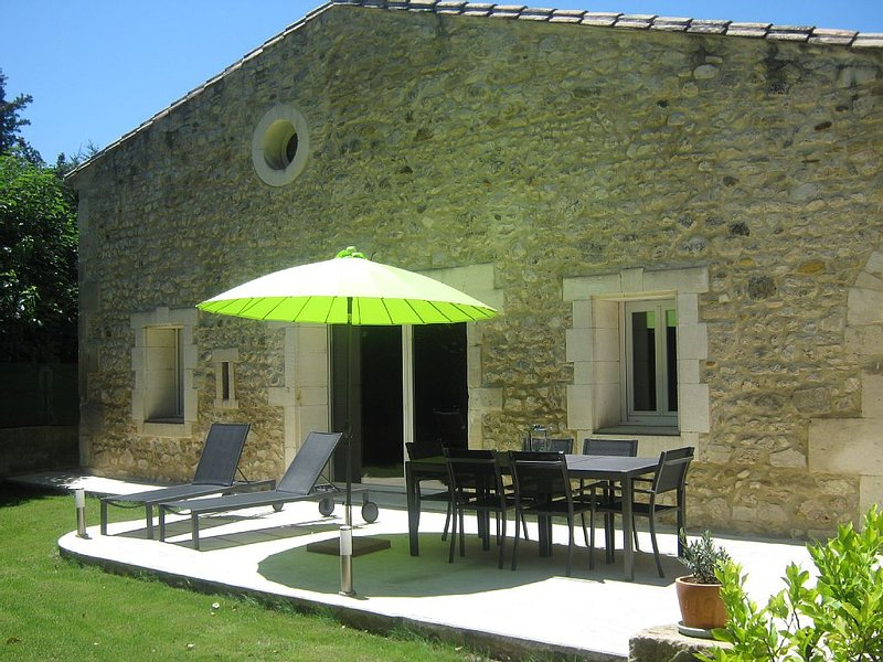 Maison tout confort esprit loft, holiday rental in Mouries