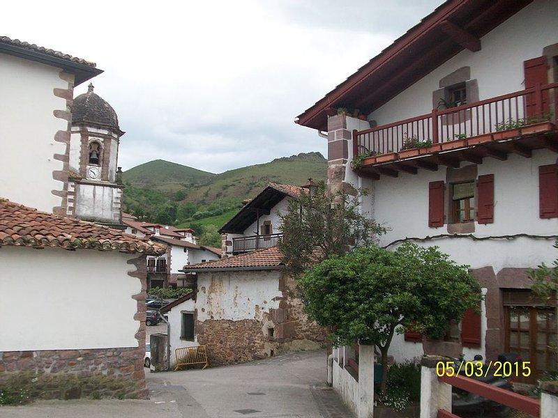 Zugarramurdi,petit village navarrais,à rejoindre à pied par une superbe ballade.