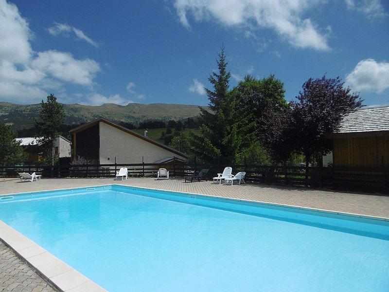 Vercors Mountain resort Summer / tennis / swimmin, vacation rental in Chamaloc
