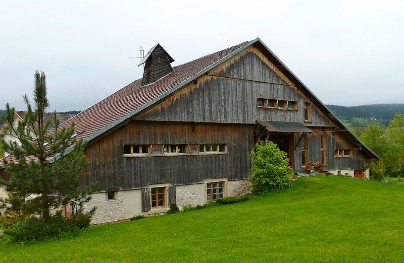 Gite dans ferme comtoise Haut Doubs, holiday rental in Les Ponts-de-Martel