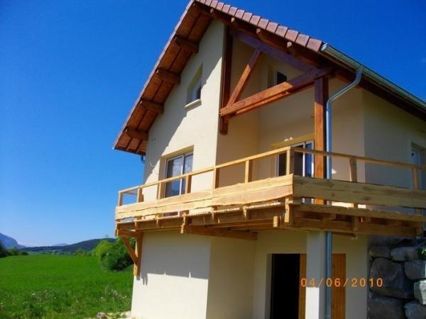 Maison ambiance chalet 5 personnes, aluguéis de temporada em La Motte-en-Champsaur