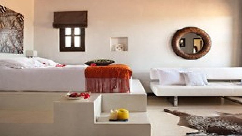 Luxury Villa With Housekeeping And Additional Guest House, holiday rental in Santa Cruz