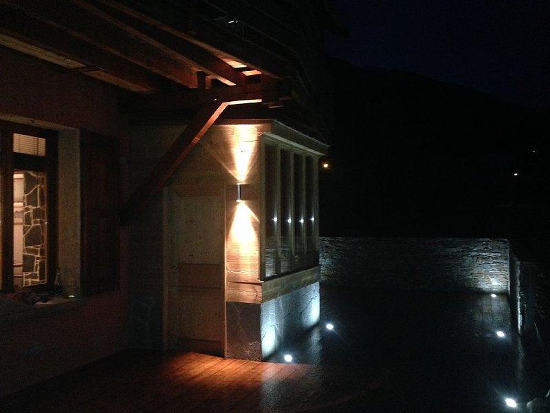 BRAND NEW Trendy and Peace Apartment Garden, location de vacances à Saint-Martin-de-Queyrieres