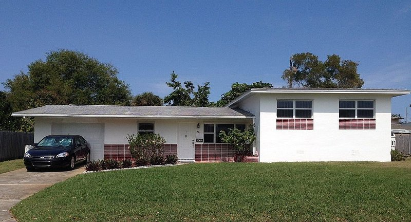 Beachside Paradise for the whole family, holiday rental in Palm Shores