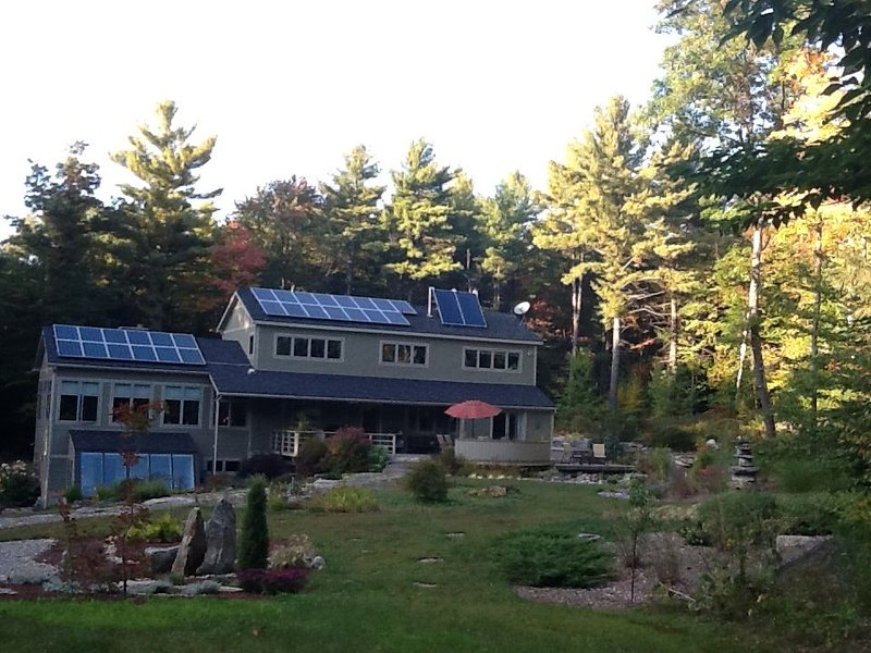 Gorgeous modern Country Home, holiday rental in New Salem
