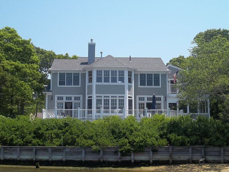 Stunning Waterfront Home W/ Dock, .5 Mi To Private Beach & Pool, Sleeps 10-12, holiday rental in Waquoit