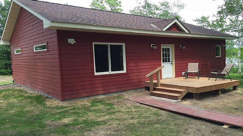 Two bedroom cabin on Lower Trelipe Lake, location de vacances à Federal Dam