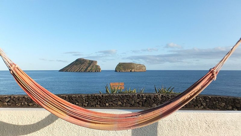 Beautiful Oceanfront Home With Amazing Ocean Views, vacation rental in Cabo Da Praia