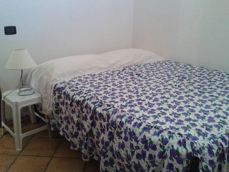 Villa del Sole 3 camere 2 bagni - ampia e confortevole - relax e mare, vacation rental in Mazara del Vallo