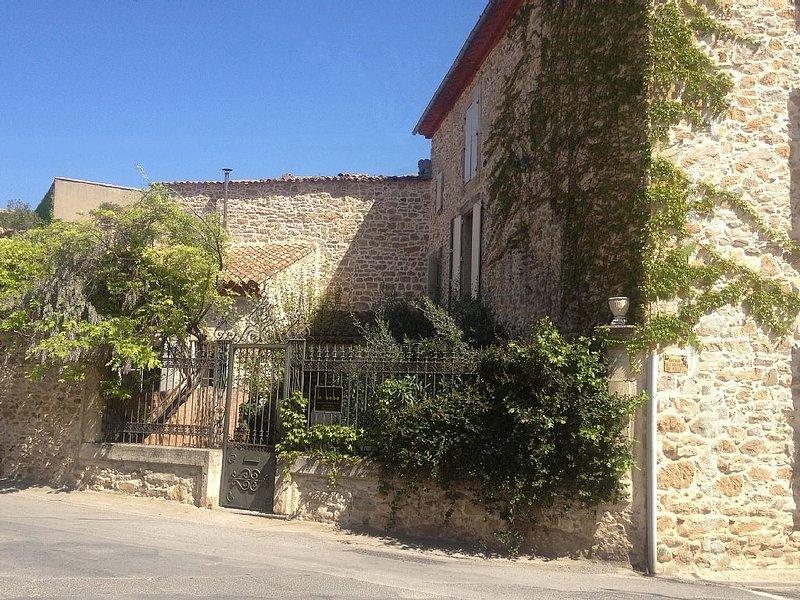 Le Bobo - Maison De Maitre in the Charming Village of Bize Minervois, holiday rental in Saint-Jean-de-Minervois