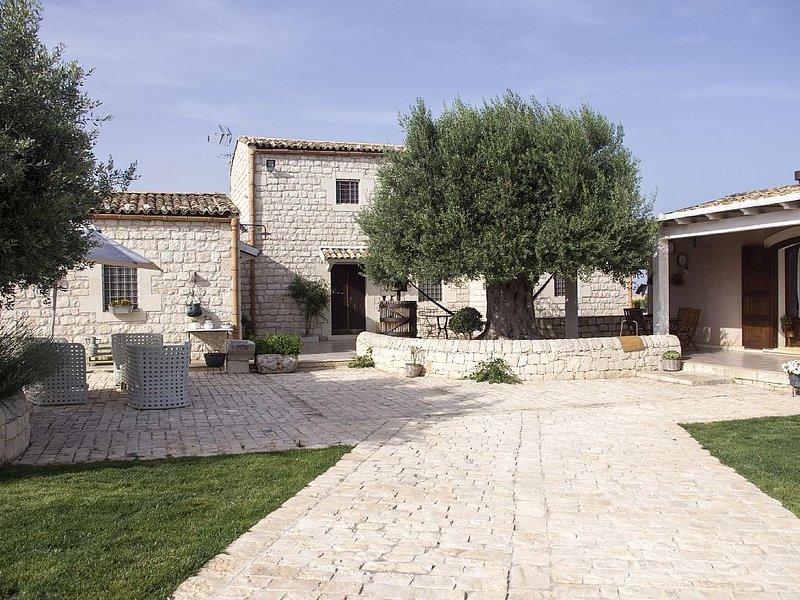 Luogo strategico per visitare le città del sud est della Sicilia, alquiler vacacional en Rosolini