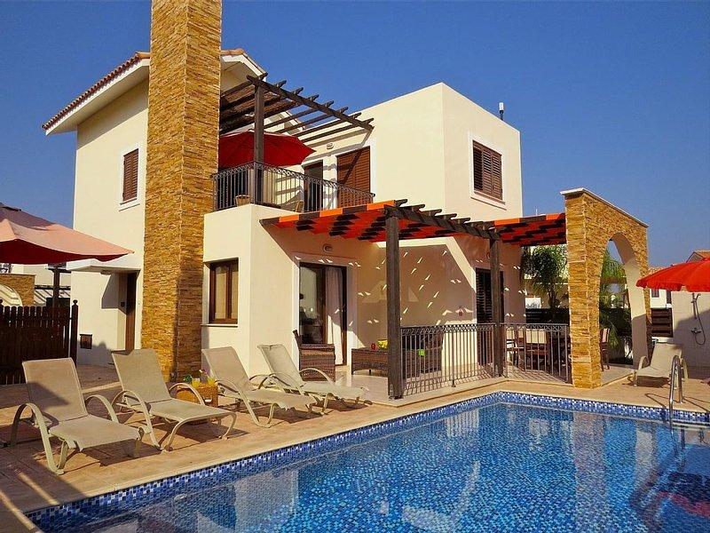Villa Potamos, Private Pool And Sea Views with free wi-fi, vacation rental in Ayia Napa